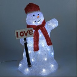 Снеговик с табличкой LOVE
