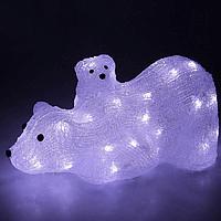Медведица с медвежонком width=