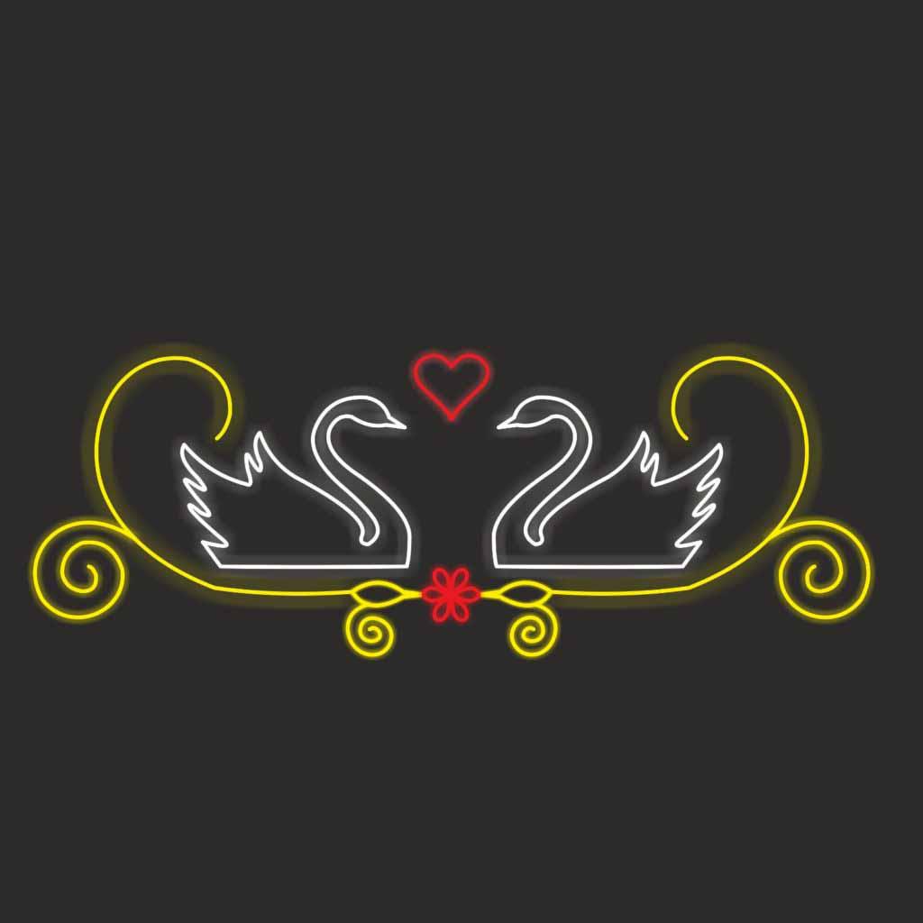 влюбленные лебеди